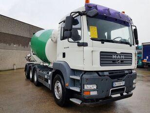 DAF TGA 35.400 8X4 kamion s mješalicom za beton